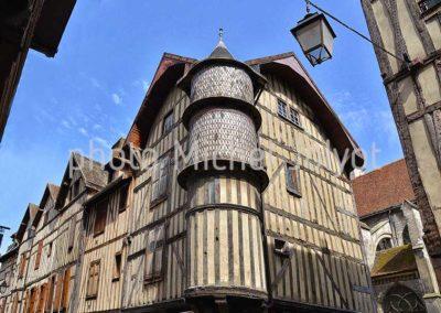 FR01 - Troyes - la Tour de l'Orfèvre