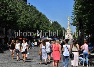 R04 - Place Drouet d'Erlon